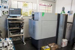 IMG_8614173_quantometro-spectrolab-in-laboratorio